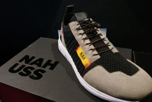 10 Rekomendasi Merk Sneakers Lokal Terbaik dan Awet